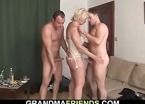 Sexy triplet intercourse to blonde mature woman