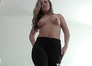 Entertain me bend yield be required of u in my yoga panties JOI